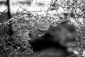 האלימות בבתי חולים