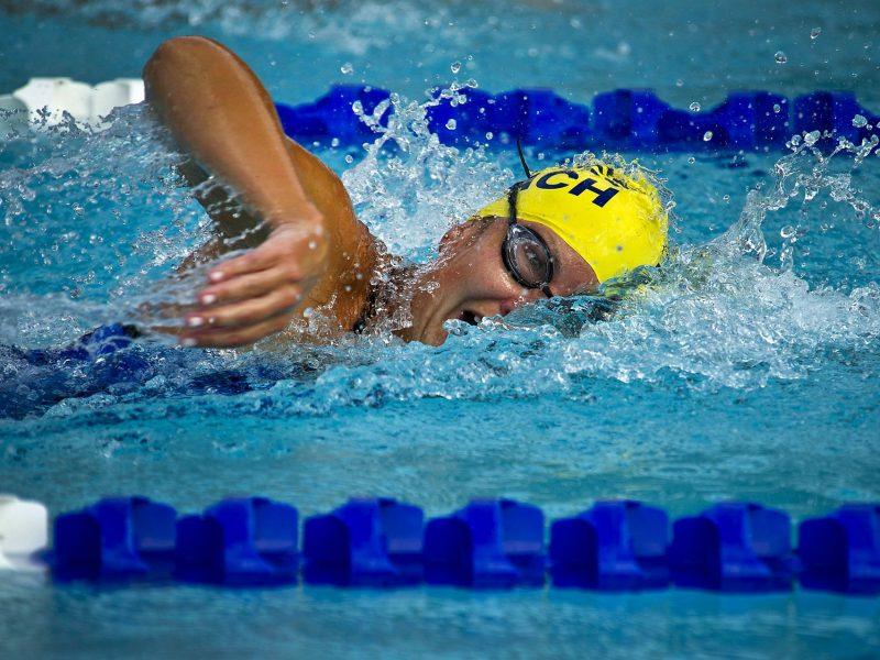 שחיה עם רצועות התנגדות
