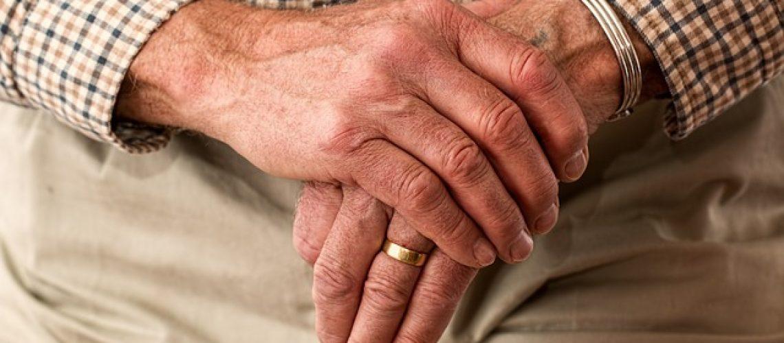 שירותי טיפול בקשישים